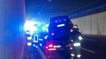 Incidente in galleria sulla A26