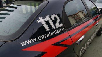minaccia i carabinieri