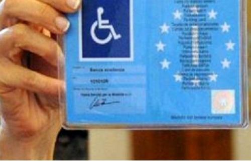 tagliando parcheggio disabili