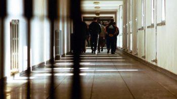 fugge dal carcere