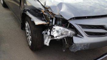 distrugge auto, meccanico, auto di cortesia, simulazione di reato, furto