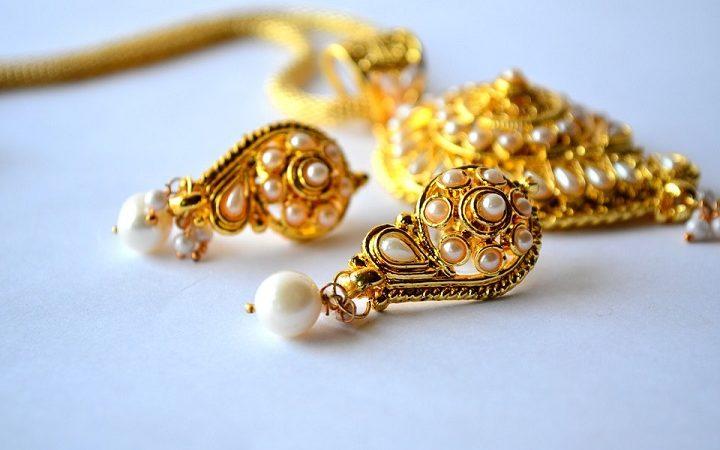 Ladri rubano oro da una casa di Brusnengo