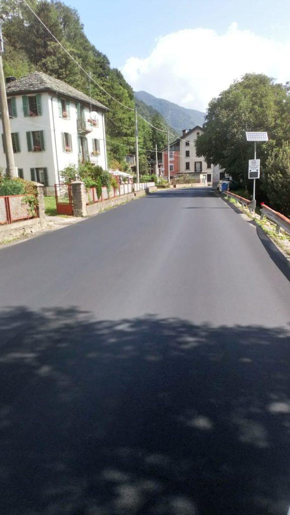 asfalto nuovo scopa