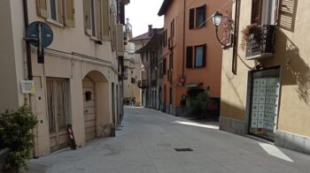 Borgosesia via Cairoli