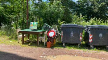 Cantine svuotate e cumuli di rifiuti abbandonati in giro: due casi in alta Valsesia