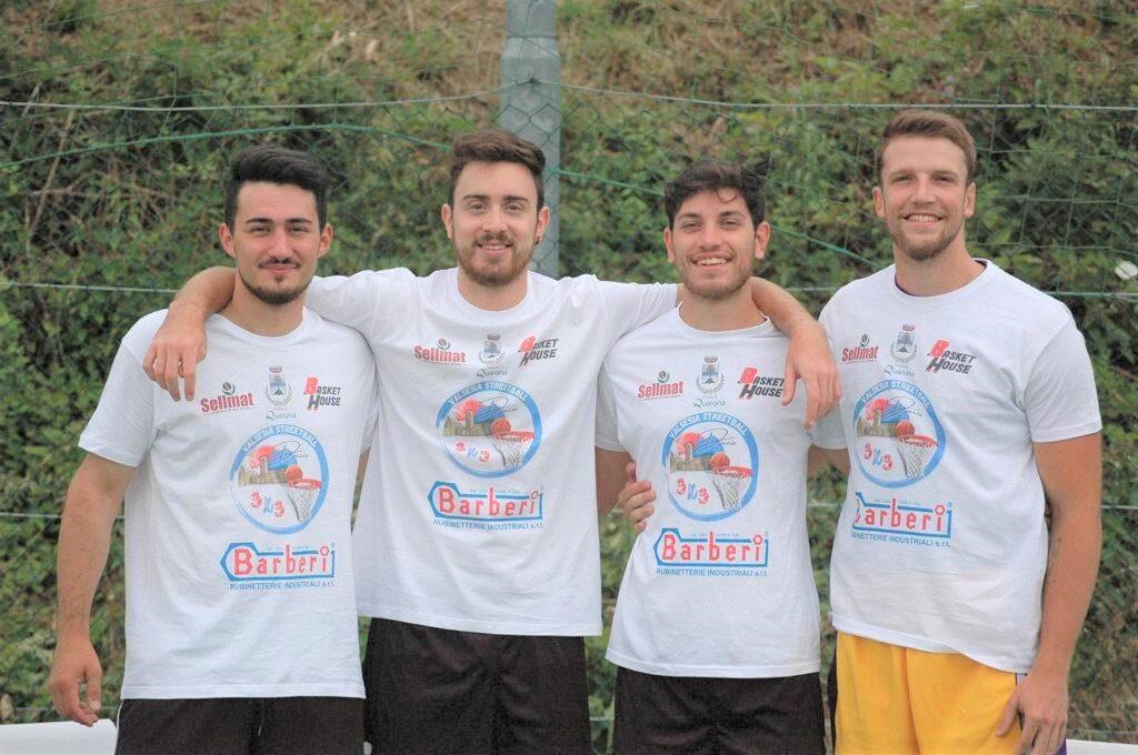 Debutta il Valsesia Street Basket: le foto dei ragazzi impegnati a Quarona
