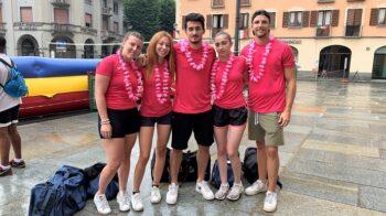 Volley nell'acqua e magia: l'Alpàa Festival sfida il maltempo. Le foto