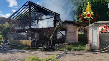 Cascina bruciata a Valduggia, conclusa la raccolta fondi per la famiglia