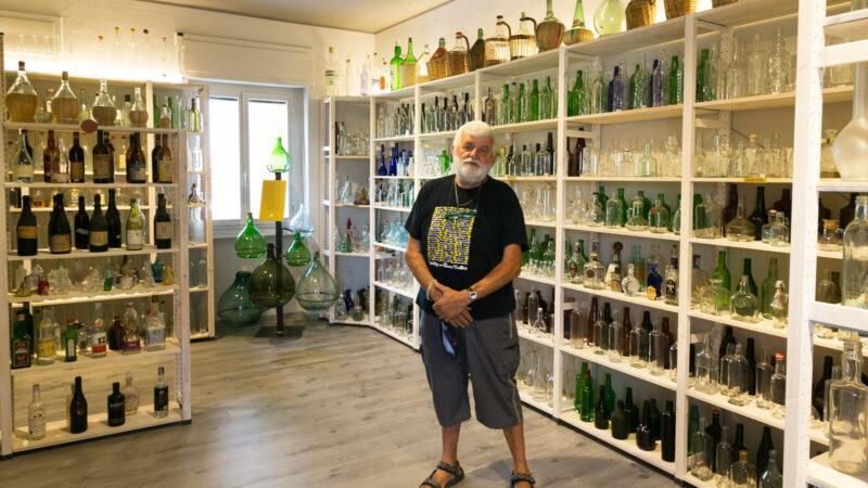Prato Sesia incredibile collezione di 2400 bottiglie di ogni tipo