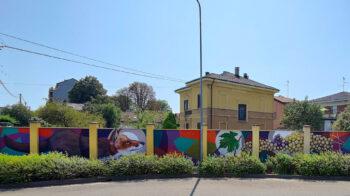 "Gattinara murales ""La volpe e l'uva"" accoglie i visitatori"
